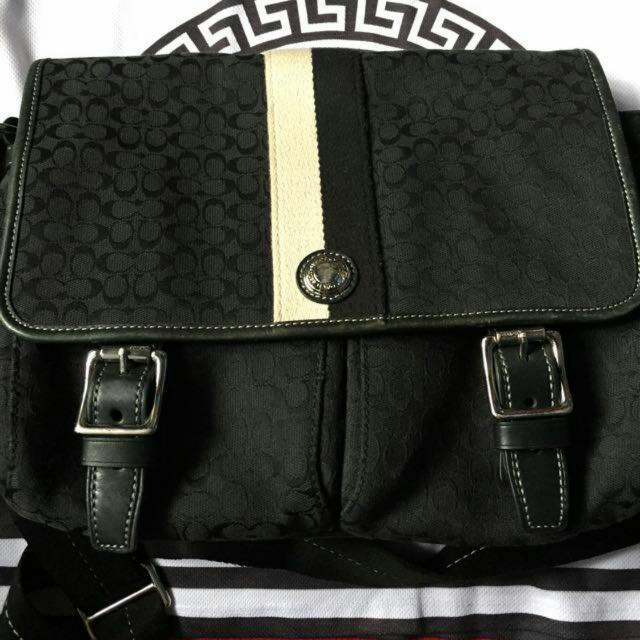 Authentic COACH BAG Messenger  Mk, Lv, Longchamp