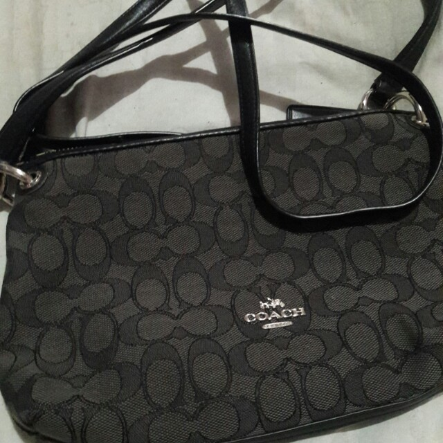 Authentic coach charly outline bag