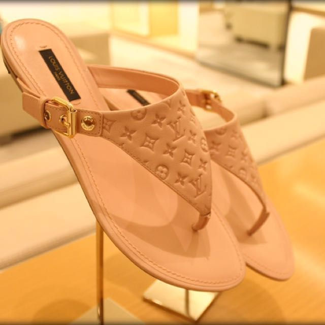 363664c0d19f Authentic Louis Vuitton Pink Leather Blush Flat Thong Sandals (BRAND ...