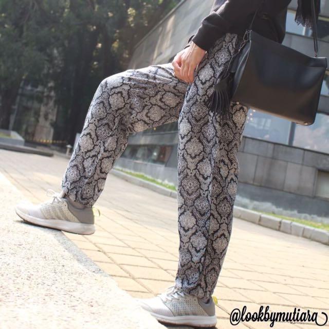 Batik jogger Pants