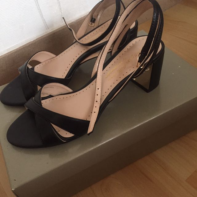 Bellagio heels