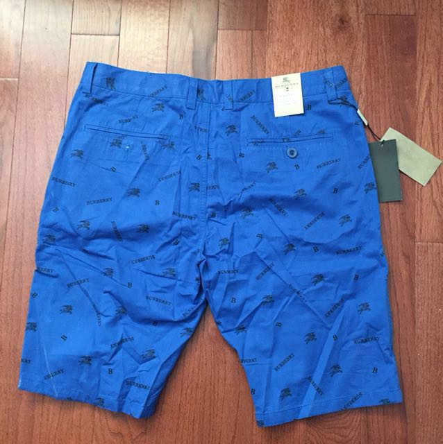 Burberry Chino shorts size 34