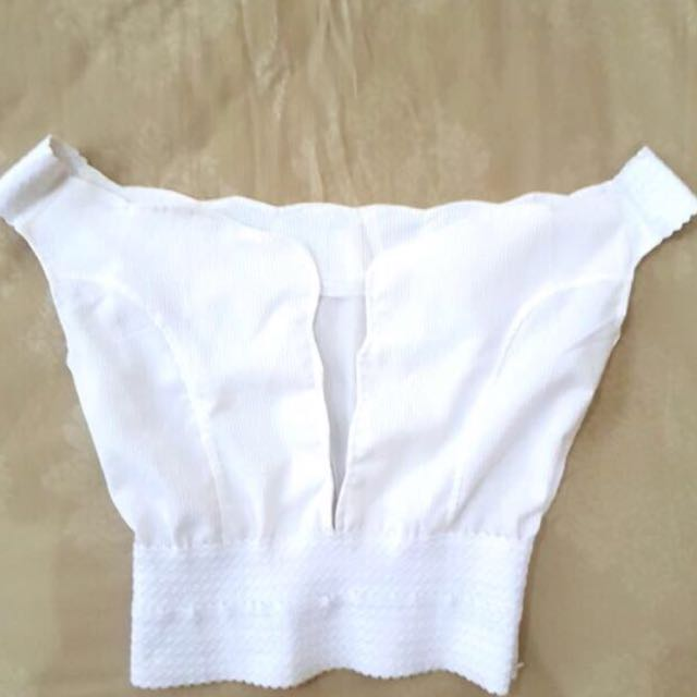 Clearance Sale! White Crop Top