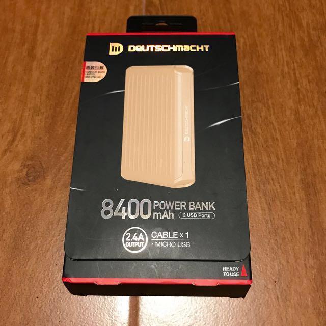 Deutchmancht PowerBank 8400 Mah
