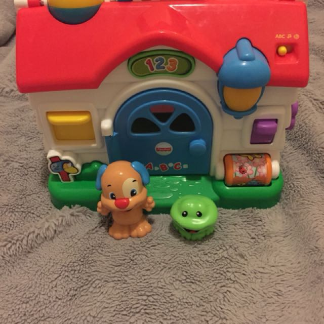 Fisher price puppy's activity house