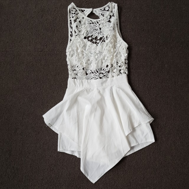 Gorgeous white embroidery dress shorts size 6
