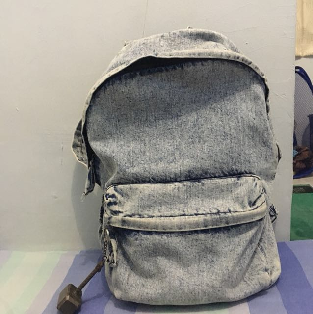 HnM backpack denim washing