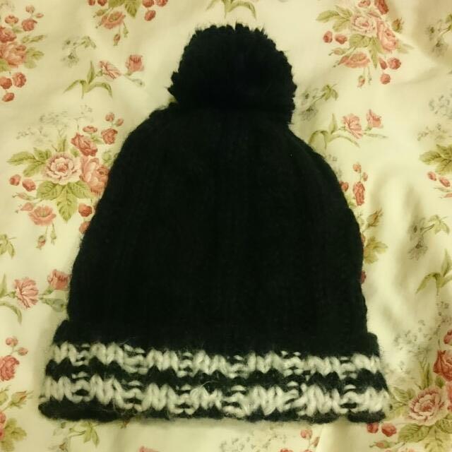 JOJO 黑色毛帽