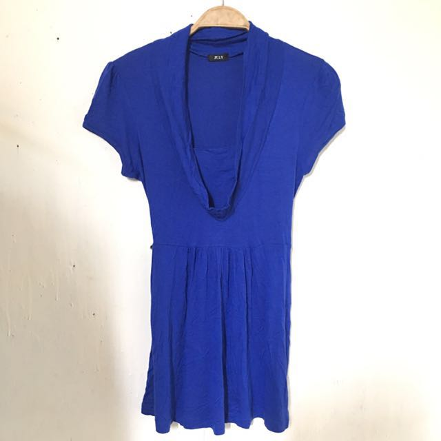 July Blue Blouse vneckline