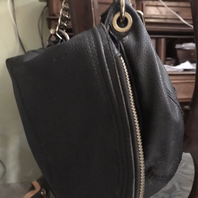Mango sling bag -Authentic