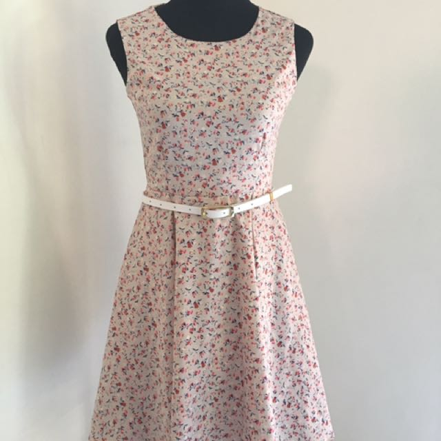 Miss Halfway Floral Dress with Belt
