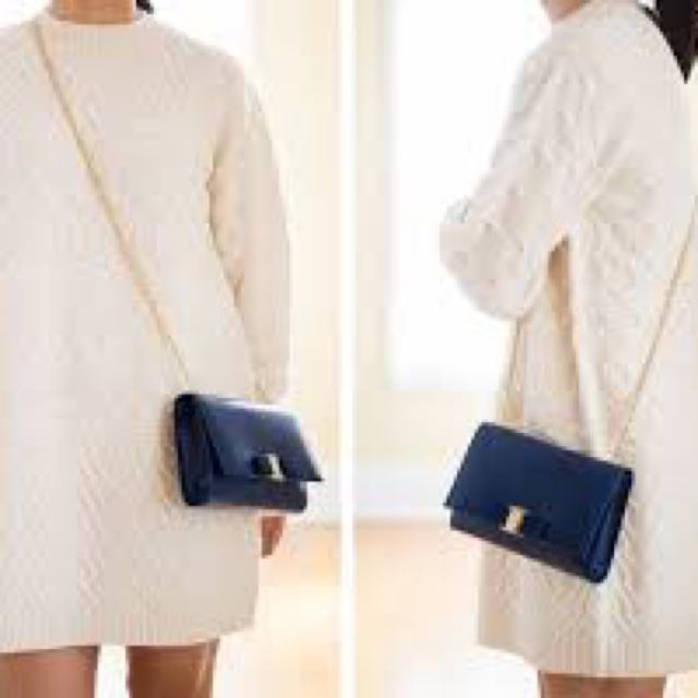Footlocker In China Cheap Online Salvatore Ferragamo Vara cross-body bag  Latest Collections Cheap Online 895af5f0f2