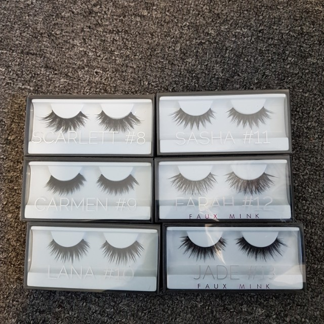 NEVER USED Huda Beauty Lashes