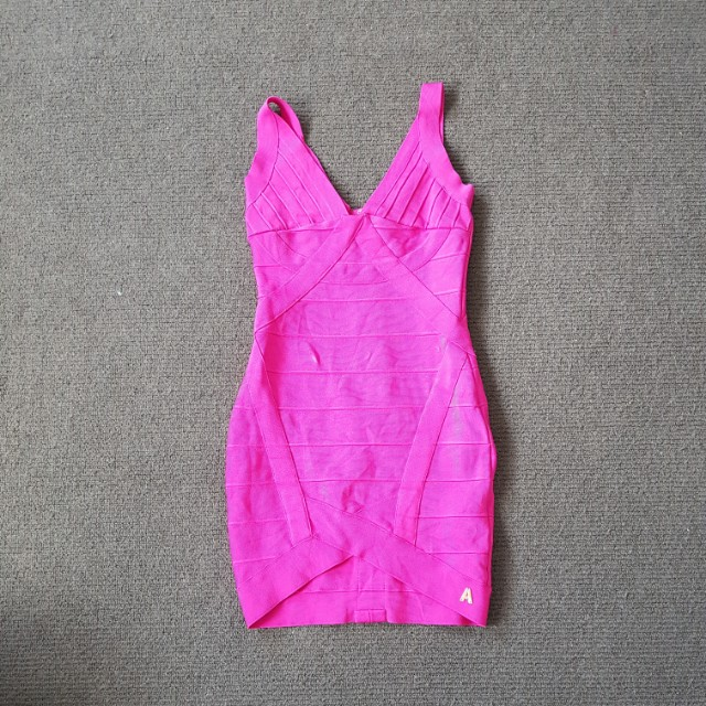 Pink pink party slim dress size 6