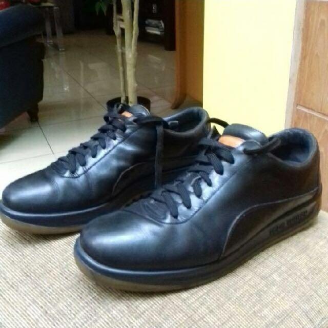 Sepatu Pria Merk LV Warna Hitam ukuran 43