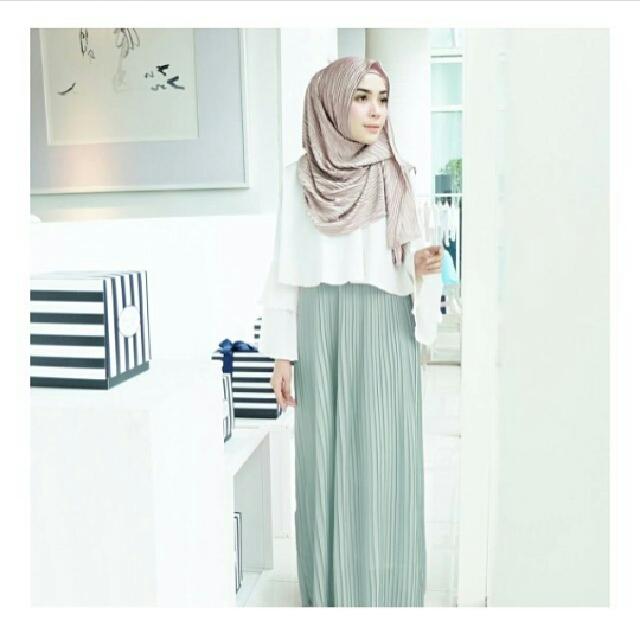 PRELOVED Shireen Pleats Dress from Vanillahijab