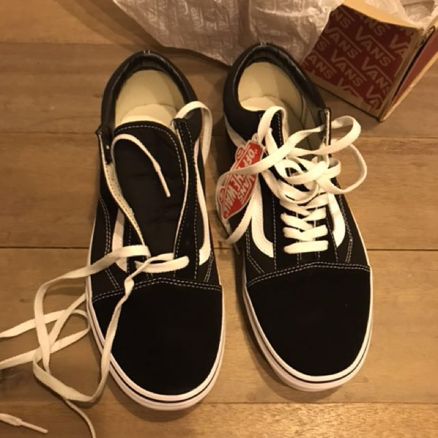 Vans Old Skool black size 10