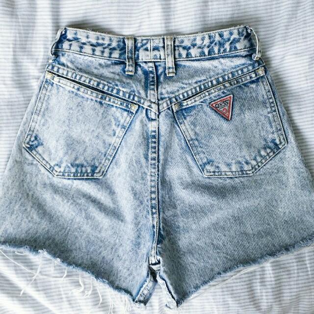 Vintage Guess Highwaisted Denim shorts