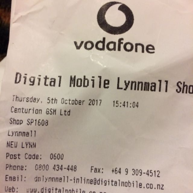 Vodafone smart N8 cell phone