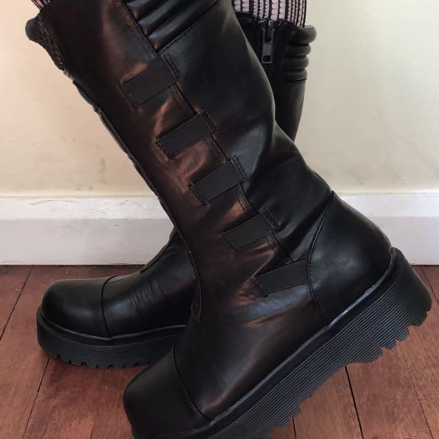 YRU Dirte Biker Boots size 9