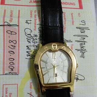 Jam tangan pria aigner