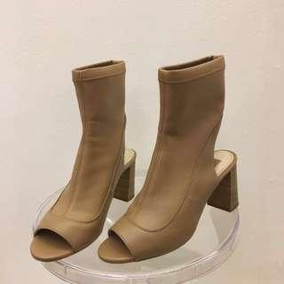TOPSHOP EU 38 US 7.5 Leather nude peep toe mule heel sandals