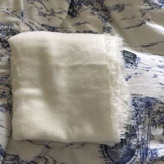 ZARA soft blanket scarf