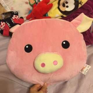 豬豬 暖手枕