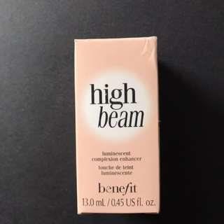 Benefit High Beam (Highlighter)