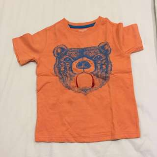 Gap bear print with functional zip for the tongue age 4