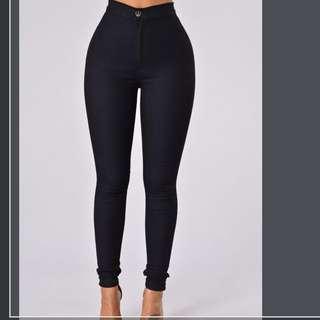 Fashion nova jeans in the colour indigo size 11