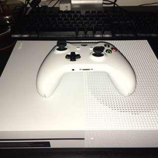 Xbox One S w/ 3 Games
