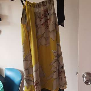 Ladies size 8 floral dress