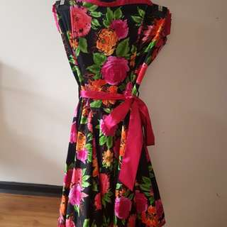Ladies strapless Floral Dress