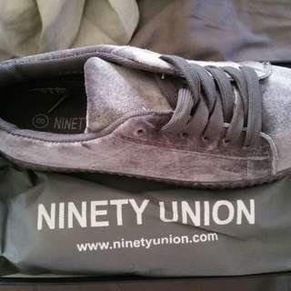 NEW Ninety Union x YRU velour sneakers size 8