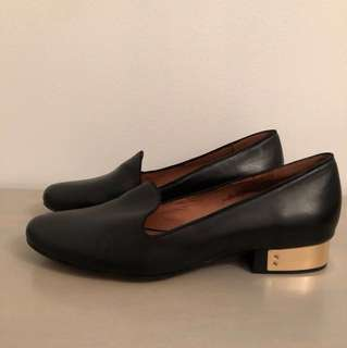 MATIKO size 8 Loafer Flats - Perfect condition