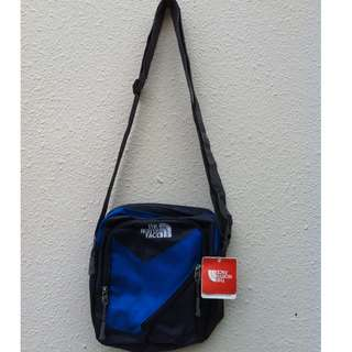 Genuine Northface sling bag. Dimension 23 x 22 x 7, have 5 zipper compartments.