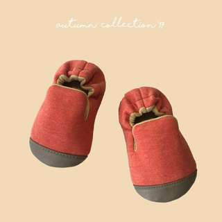FYRA - handmade baby shoes