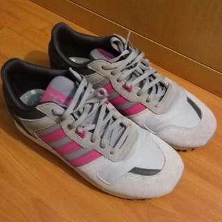 Adidas波鞋
