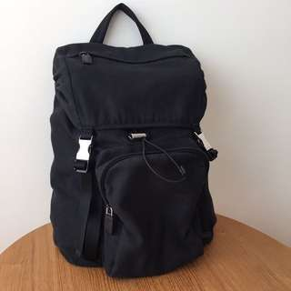 Prada authentic men backpack (bought in Italy, cloth 布, 不議價)