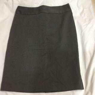 Essenxa Gray Pencil skirt