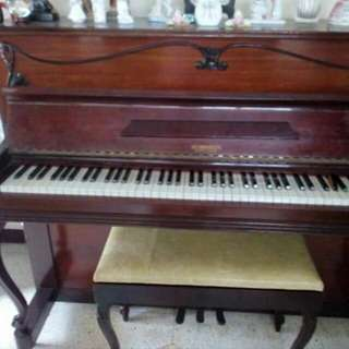 REPRICED!! Robinson 1959 Piano