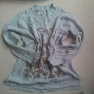 sweater with flower design