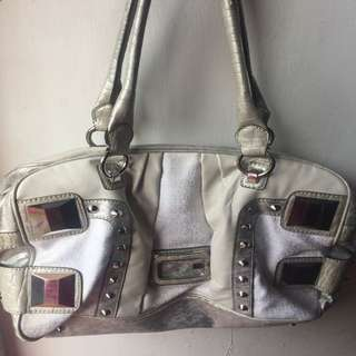 GUESS BAG AUTHENTIC 100%
