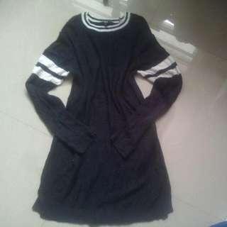 UNI  QLO SWEATER DRESS