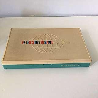 🚬Vintage Peter Stuyvesant Cigarette Plastic Box