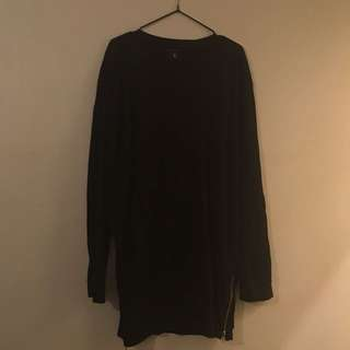 Carre Black Long Sleeve