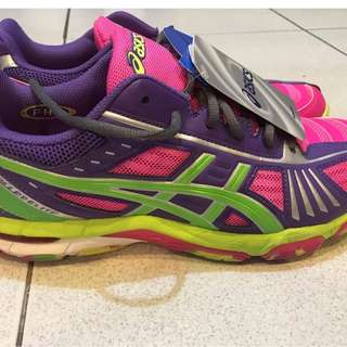 Asics Volleyball Shoes (Limited) size 9