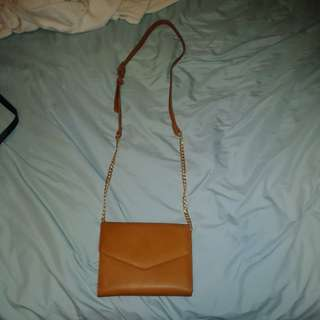 Forever 21 brown crossbody purse