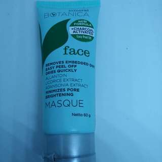 Mineral Botanica Brightening Charcoal Masque